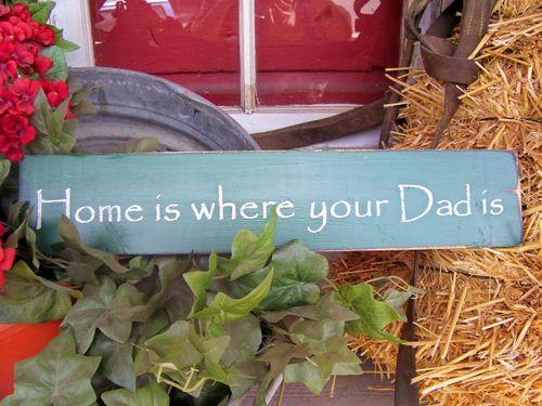 Dad plaque w hay & geranium